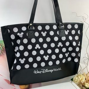 Disney Mickey Mouse polka Dot Zippered tote NWOT